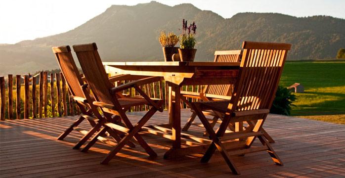 Verlegung Terrasse aus Holz